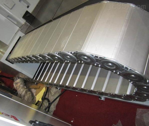 长期供应封闭式钢铝拖链