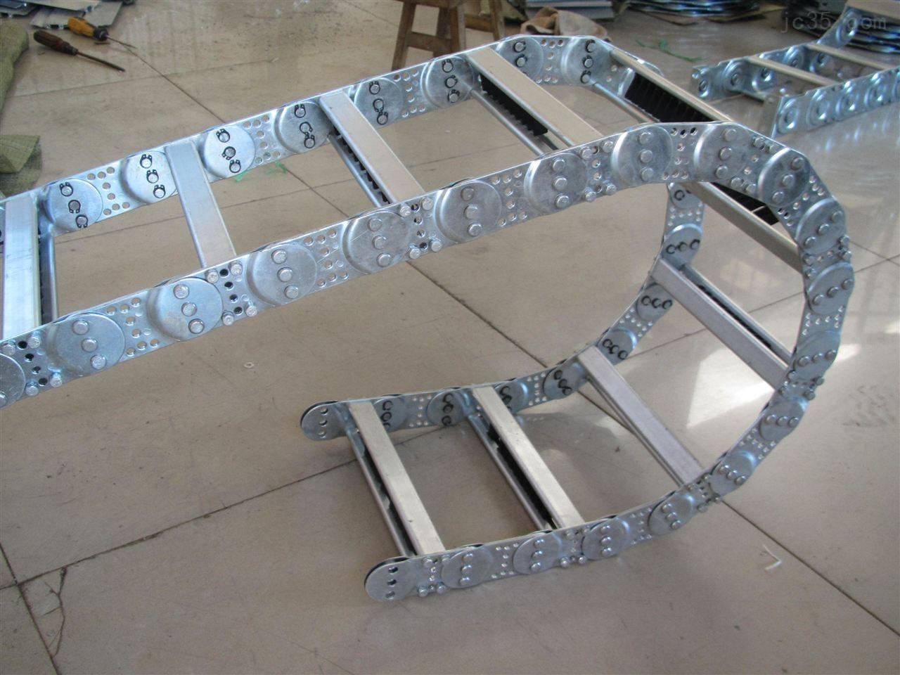 TL型穿线钢制拖链
