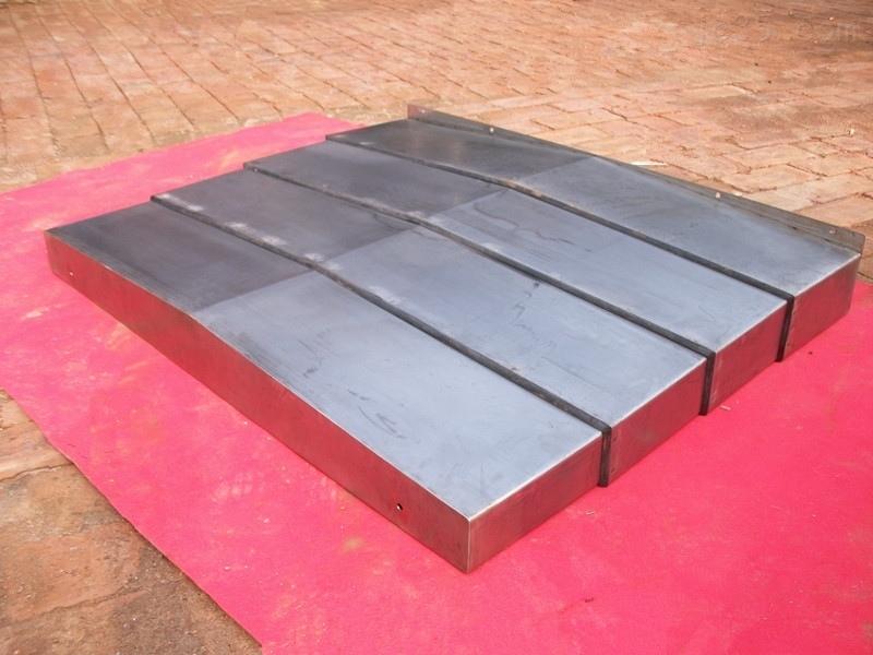 不锈钢防护罩,不锈钢板防护罩,不锈钢板导轨防护罩
